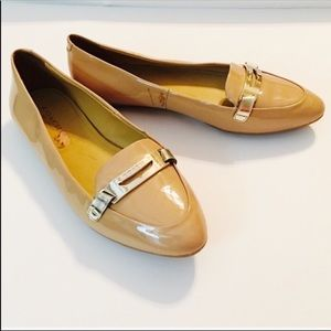 """Coach """"Ruthie"""" Tan Leather Flats Size 6"""